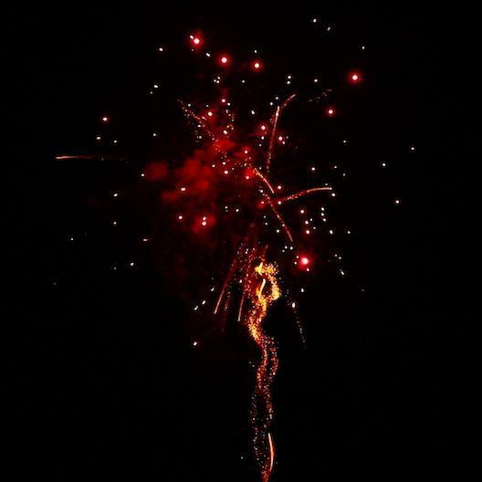 BI25S1-215 F3 Feuerwerk Tropic